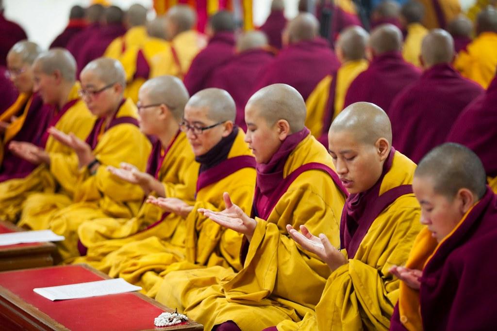 2015.01.20 In Praise of Bhikshunis; A Ritual for the Nuns' Dharma to Flourish