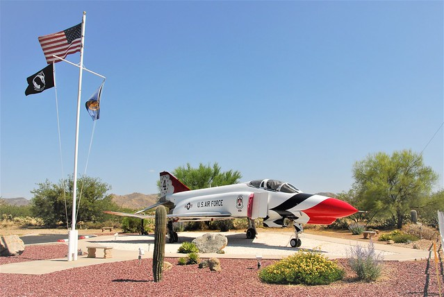 F-4E Phantom-II 66-0294/4 ex USAF. Thunderbirds c/s. Preserved at Veterans Memorial, Corona de Tucson, Arizona. 04-06-2016.