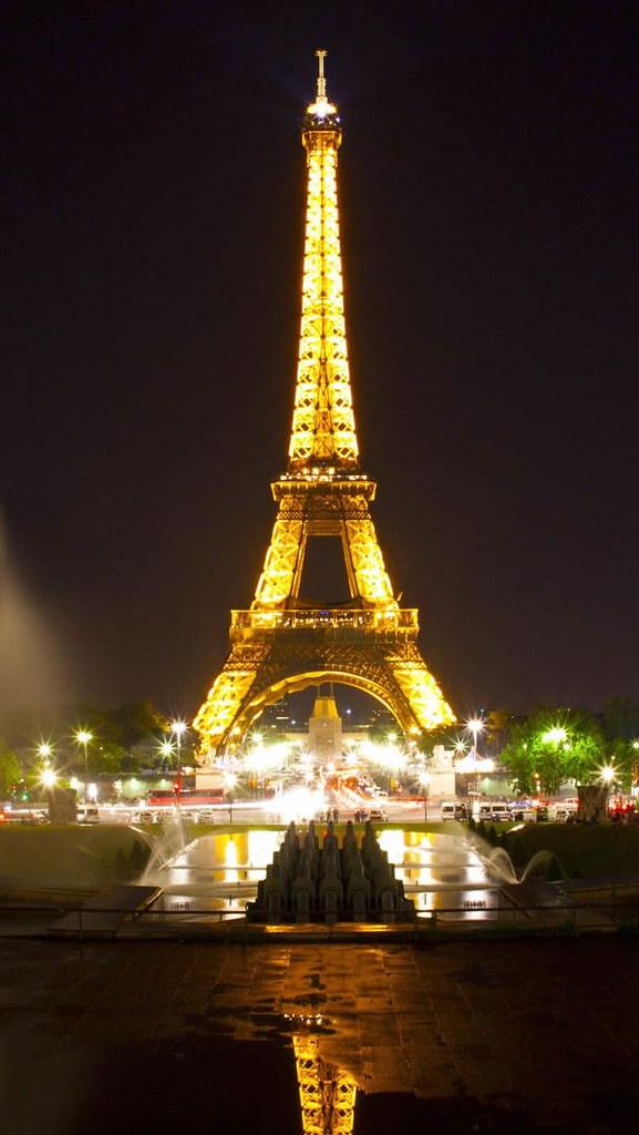 Eiffel Tower Paris Night Iphone 5 Wallpaper Ilikewallpaper Flickr