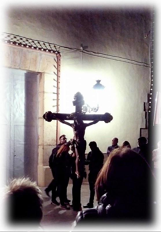 (2017-04-07) - VIII Vía Crucis nocturno - Victor Vicedo Ibañez (04)