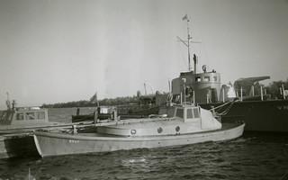 RV 67 ja VMV 18 Mikkelinsaarten laiturissa