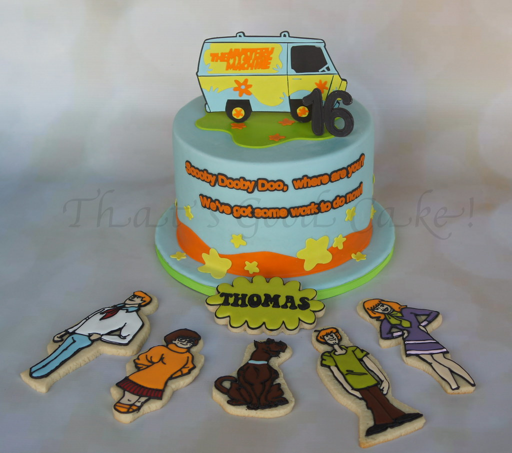 Admirable Scooby Doo Birthday Cake Ding Dong 8 Inch Torted Cake Dar Flickr Funny Birthday Cards Online Alyptdamsfinfo