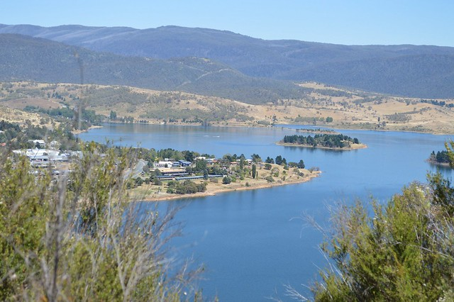 Lake Jindabyne NSW