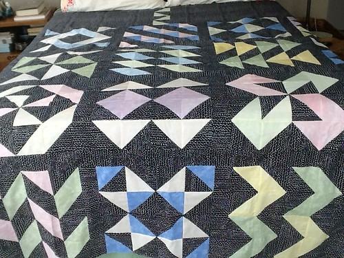 Material Girls pattern king size quilt