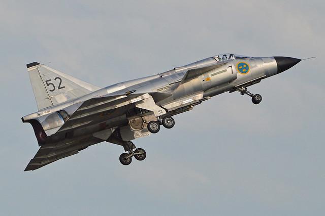 Saab AJS37 Viggen '37098 / 52' (SE-DXN)