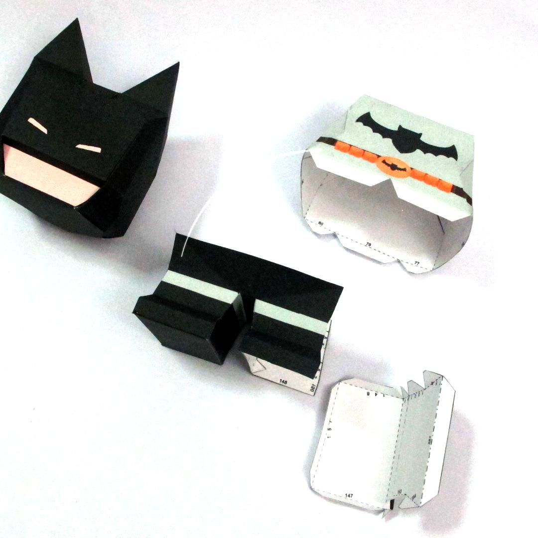 วิธีทำโมเดลกระดาษแบทแมน (Batman Papercraft Model) 015