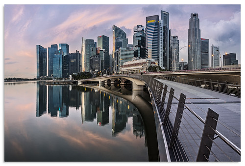 jubileebridge marinabay singapore water sunrise 2017 d600 ngc nikonfxshowcase nikkor1635mmf4 cityscape reflection