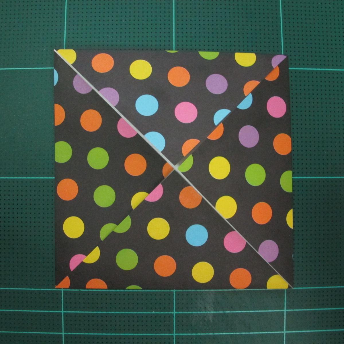 การพับกระดาษเป็นถุงใส่ขนมแบบญี่ปุ่น (Origami Sambo) 001