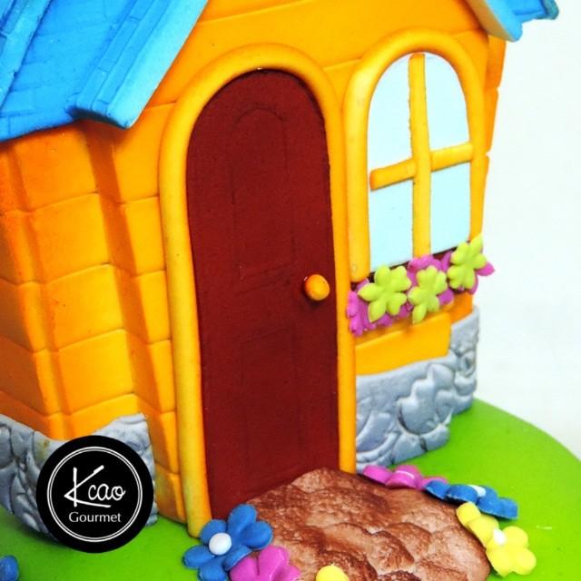 Tortas Artística Casa de Doctora Juguetes + Info: 0212 583