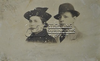 Hans Samson en Jenny Nathan | by Stichting Surinaams Museum
