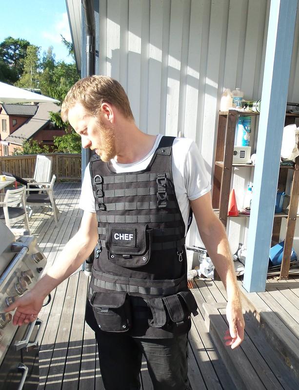 Tactical apron
