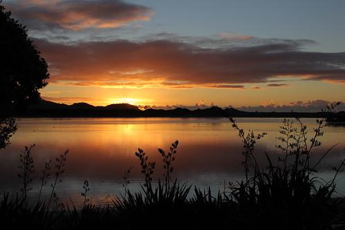 travel light sea newzealand sky colour beach clouds sunrise dawn coast estuary northland ngunguru