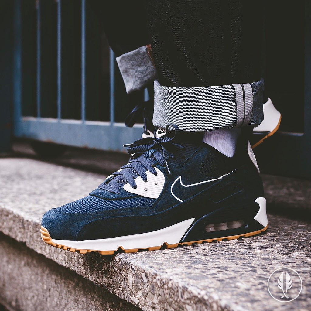 the latest 7d18c 5b981 Nike Air Max 90 Premium