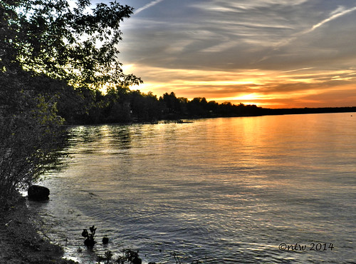 sunset water nikon outdoor hdr chautauqua week21 chautauqualake coolpixp500 nikonflickraward 52weeksthe2014edition