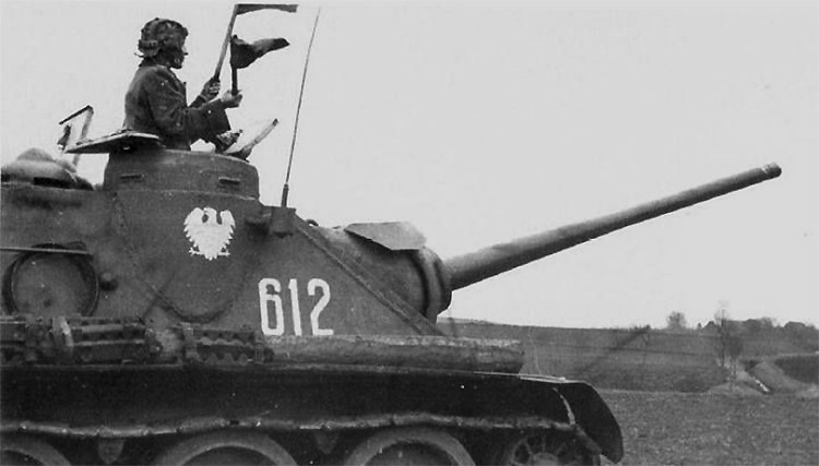 Poolse SU-85M