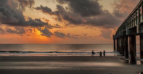 beach pier florida surfing staugustine canonef1740mmf4l manfrotto190xprobtripod canon5dmkii topazadjust5 lightroom5 496rc2ballhead sammysantiago stausustinebeach