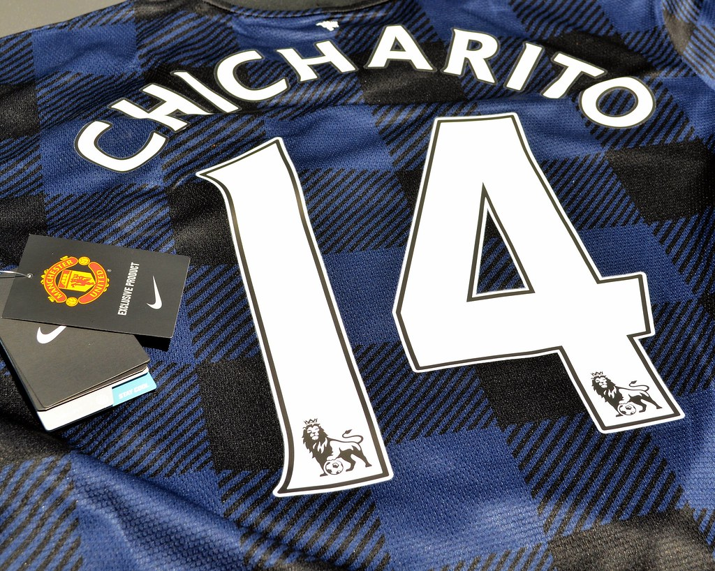 best sneakers 67060 e24ef Nike Manchester United 2013-2014 Chicharito Away Jersey | Flickr