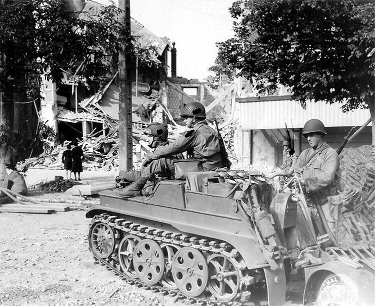 "NSU ""Kettenrad"" type HK 101SdKfz 2 + remorque"