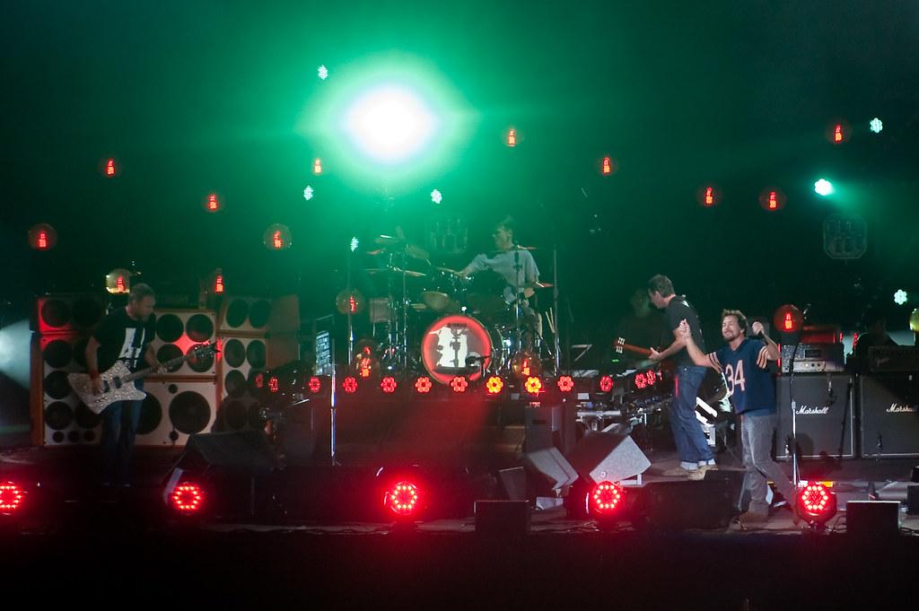 Pearl Jam Lighting Bolt Concert _D7C35264