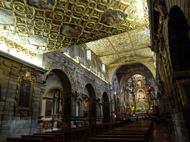 Interior del convento de San Francisco (Quito)