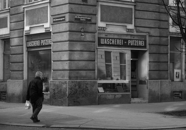 Street corner in Vienna-Brigittenau