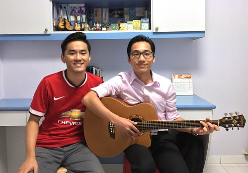 Guitar lessons Singapore Leong SK