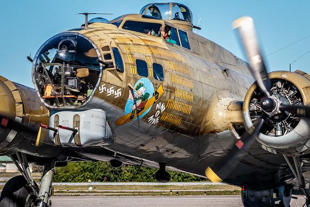 "B-17 Flying Fortress ""Nine-O-Nine"""