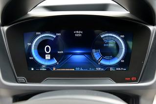 BMW-2014-i8-Int-12