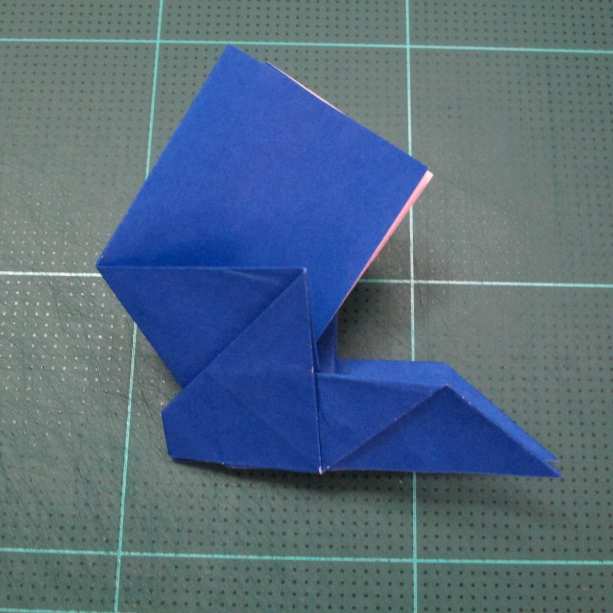 วิธีการพับกระดาษเป็นรูปกระต่าย แบบของเอ็ดวิน คอรี่ (Origami Rabbit)  018