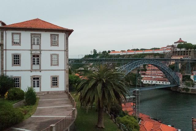 L1630666 ~ view over Douro river and Luís bridge