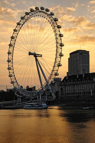 london sunrise dawn londoneye photo24london uklondonphoto24londoneyeatsunrisedsc9863