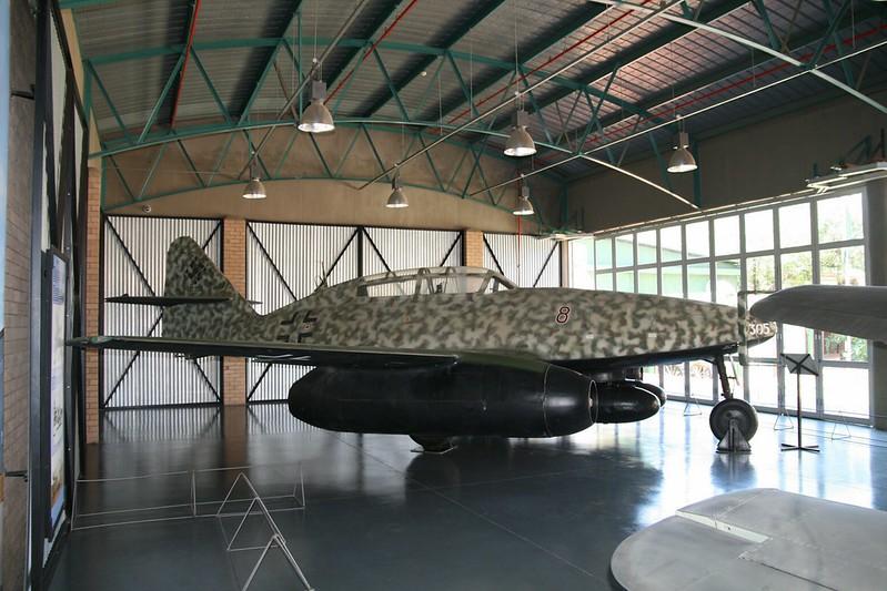 Messerschmitt Me-262B 1