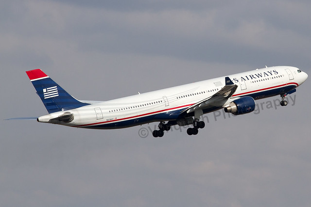 N276AY Us Airways A330-300 Manchester
