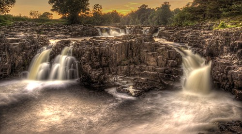sunset landscape waterfall cloudy ngc hdr highforce teesdale efs1022mm photomatix lowforce 18x middletoninteesdale rabycastle northpennines canon600d steveniceton