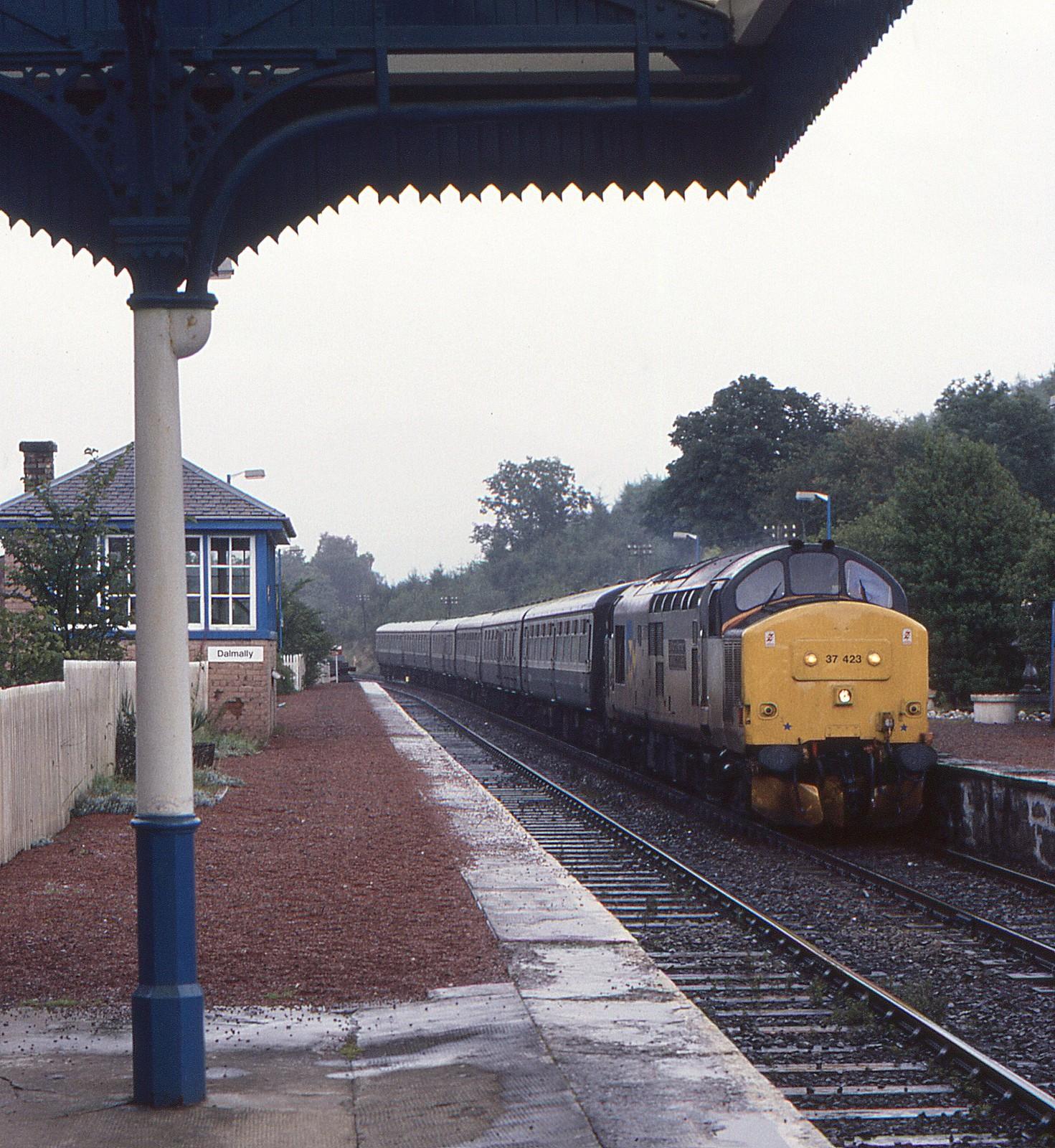 BR Class 37, 37423, Dalmally, 31st. August 1988 by Crewcastrian