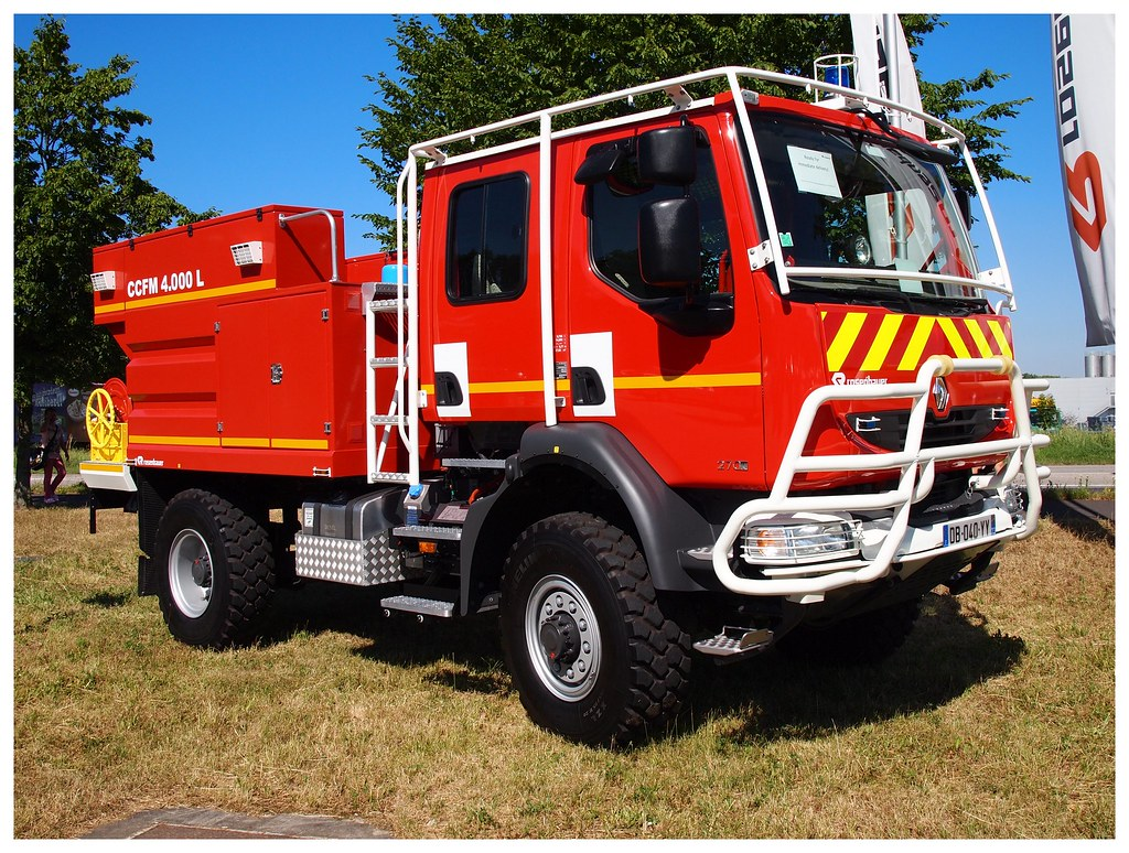 Rosenbauer Renault Brush Fire Truck | Seen in Leonding/Austr