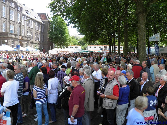 Vlaggenparade 2011 Nijmegen (03)