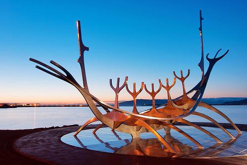 sunset sun art iceland reykjavik voyager sólfar
