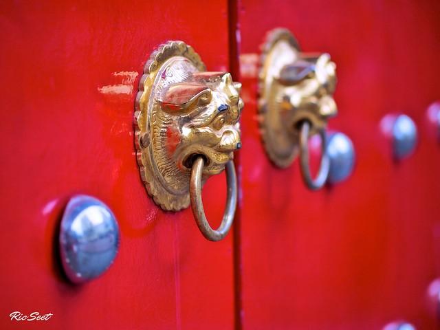 Streets 3: Chinese Temple Door