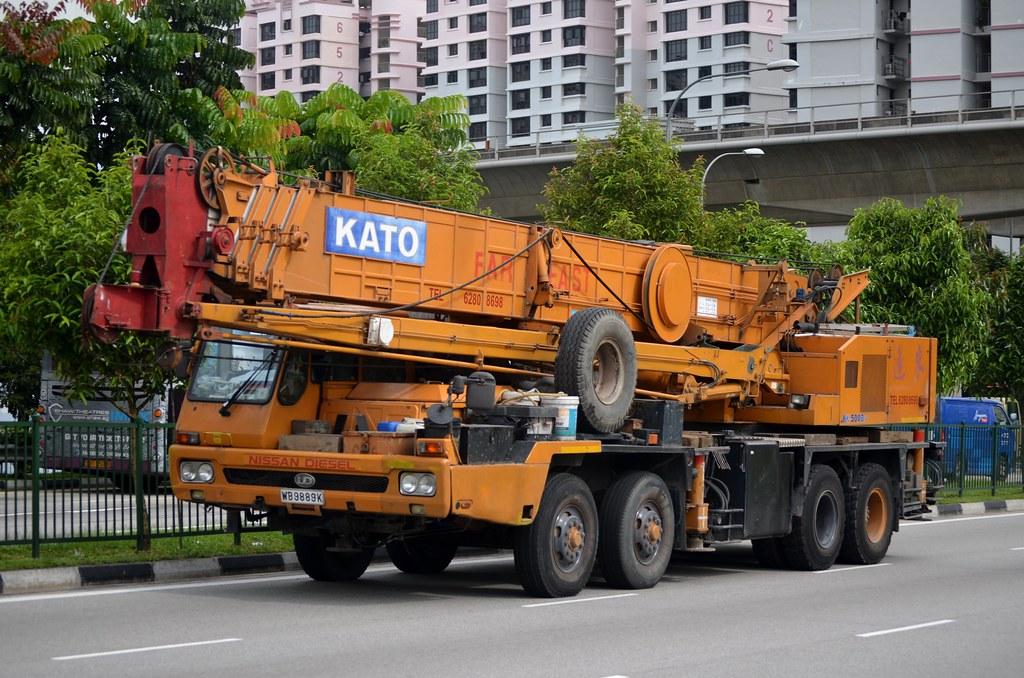 Far East Crane Nissan Diesel KC-KG530TN Kato NK-500B-v Mob