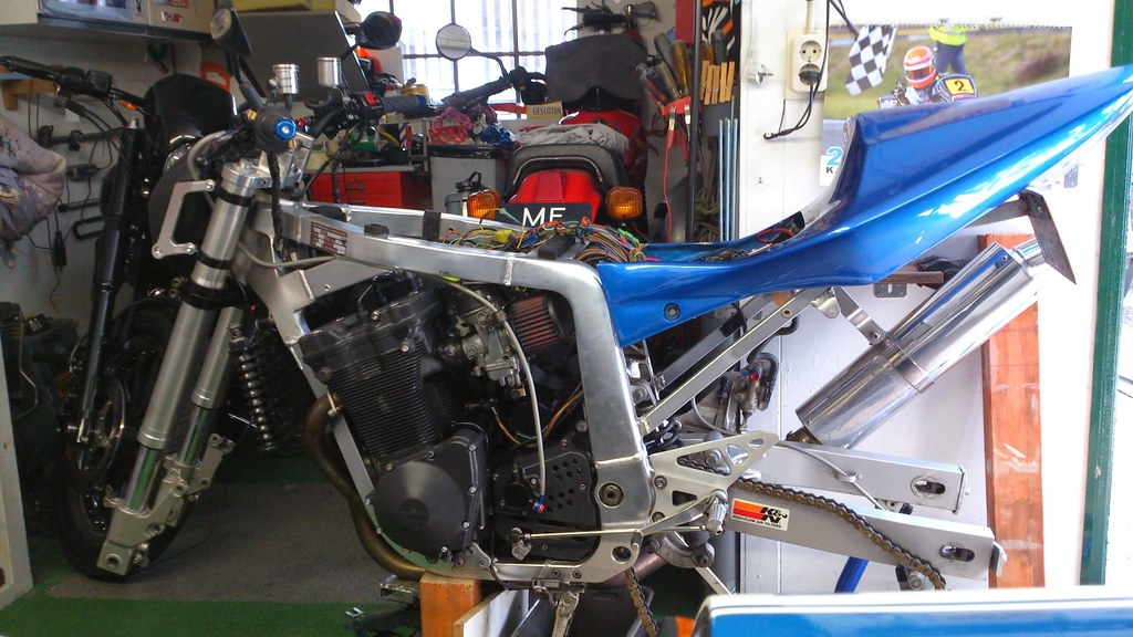 GSXR 750 frame 1100 engine streetfighter build | Stage 3 dyn