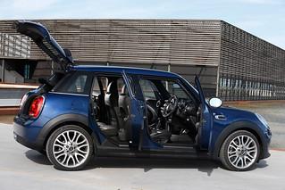 MINI 2014 5-door addition