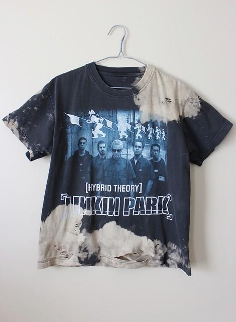 Splatter Bleached and Shredded Linkin Park T Shirt Large