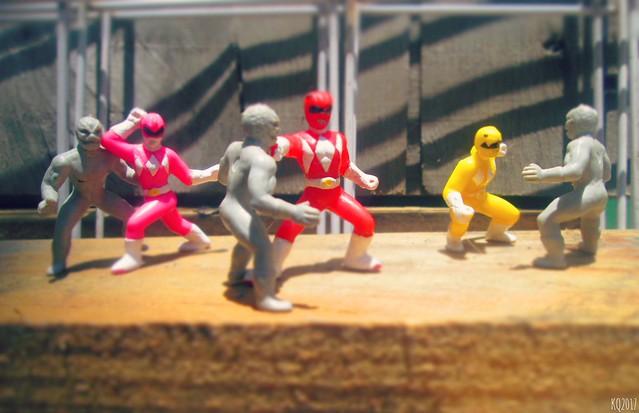 Mighty Morphin Power Rangers - Warehouse Fight