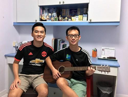 Private guitar lessons Singapore Jun Kang