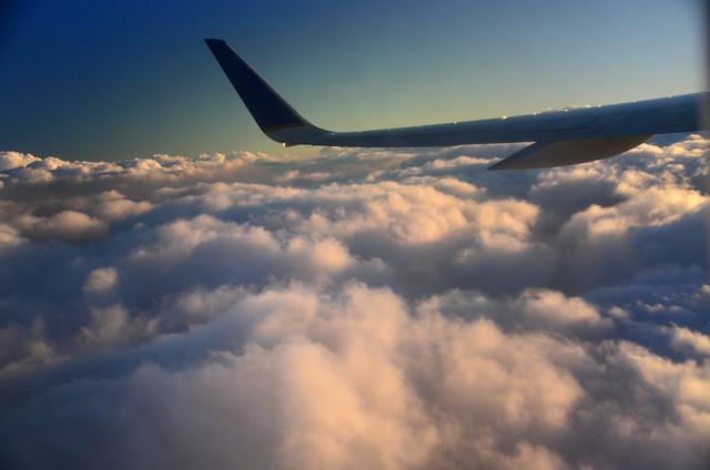 Leaving Oʻahu (a0004446)