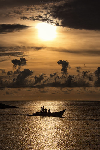 sunset sea beach water canon boat rocks brunei jerudong bruneimuara isherman 5dmkii 5dmkiii
