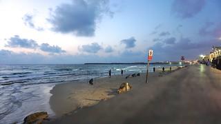 Tel Aviv 44019   by tedeytan