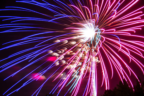 Fireworks July 4th Independence Day 2013 Polo Field Fort Sill Oklahoma (24) | by Colin Henderson cnhender@gmail.com