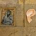 squelette oreille street-art Beaubourg
